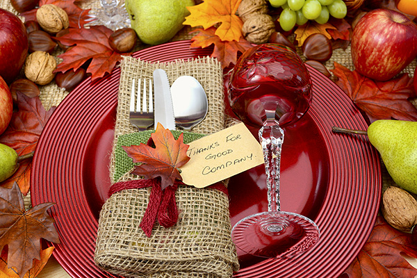 7 Tips for Throwing an Outdoor Party This Fall
