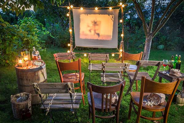 How to Stage the Perfect Backyard Movie Theater Event of the Summer