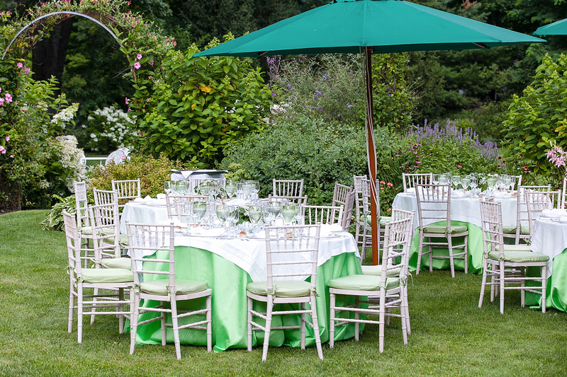 What You Should Consider When Choosing Rental Linen Options