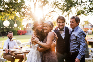 Tips For Hosting Your Dream Wedding in Your Backyard