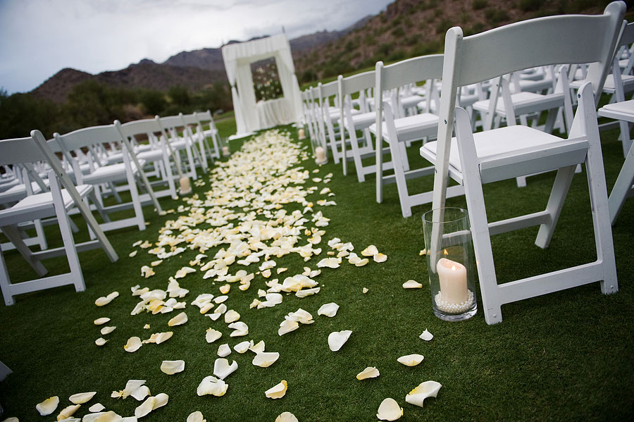 Tips to Help You Choose Your Wedding Decor